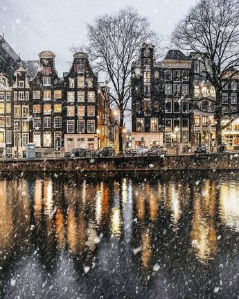 Amsterdam. Absolutely beautiful #Travel #TravelPhotography #Amsterdam #Winter #Snow #CityLights