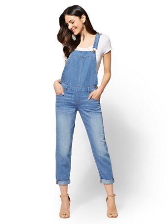 1934f008b1c 8 Pairs of Delightful Dungarees You Need In Your Life