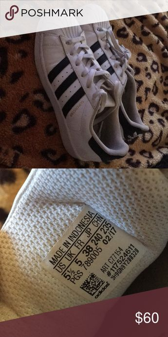 Superstar shoes Superstar shoes.  Worn twice.  In good condition. adidas Shoes Athletic Shoes