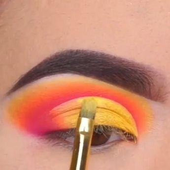 So good 😍💛🧡❤️#makeup #eye #Lashes