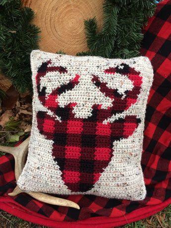 Buffalo Plaid Crochet Deer Head Pillow Pattern, Crochet Deer, Crochet Pillow, Christmas Crochet, Rustic Crochet, pdf file, Plaid Pillow
