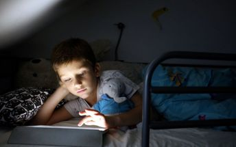 Sommeil des enfants : privilégiez les activités à faire loin des écrans