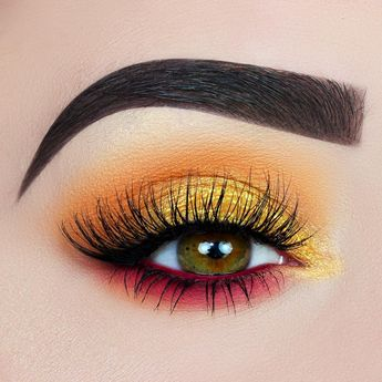 ARIANNE DREESSEN. (@1500px) SUMMER SUNSET 🍹✨ using @kyliecosmetics nice palette #eotd - eye makeup with yellow, pink, orange  - colorful warm-toned