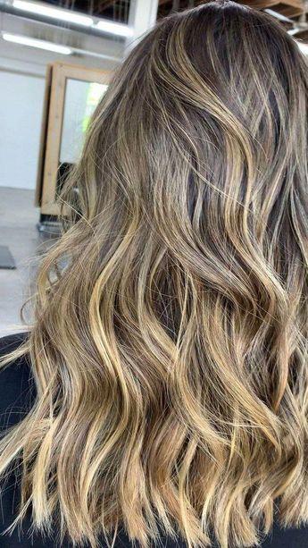 50+ Trendy Caramel Ombre Short Hair Ideas #hairstyleforwoman #shorthair #ombrehair » Fcbihor.net #caramelombrehair