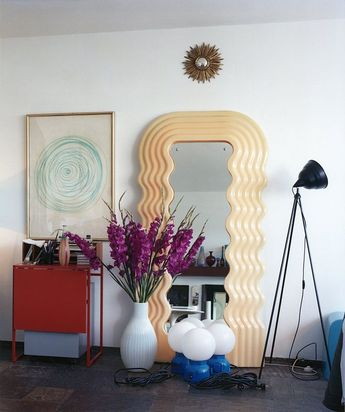 It's A Diana Krall Tribute With All The Mid-Century Modern Style
