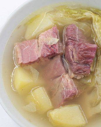 Corned beef, cabbage and potato soup #cornedbeef #soup #recipe