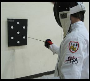 Electronic Fencing Target