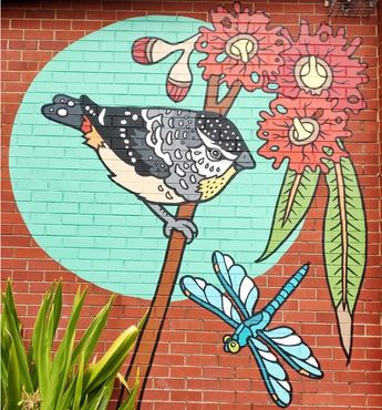 Melski Mcvee | Perth born multi-disciplinary artist working primarily in the realms of community art,  murals, sculpture and illustration