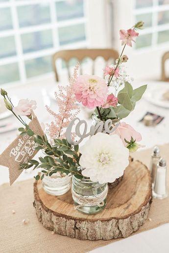 Tischmitte Rosa Blumen Floral Eukalyptus Dahlie Holz Scheibe Laser Cut Name