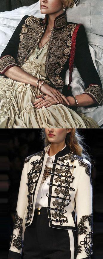 Women Retro Style Embroidery Pattern Blazer Coats #RetroBlazer #Womenfalloutfits #EmbroideryCoat #WomenFashion