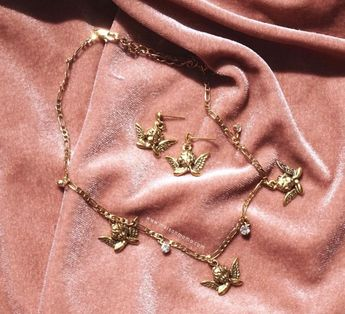 #gold #pink #velvet #aesthetic #jewelry