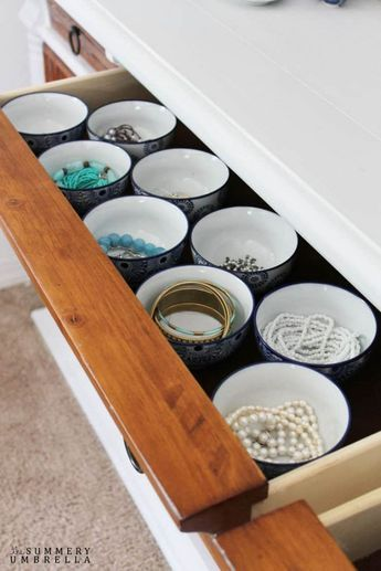25 idées ingénieuses d'organisation de bijoux