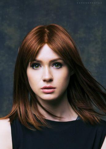 Karen Gillan (hair color)