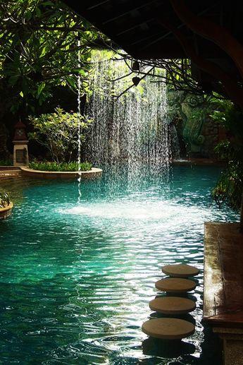 #Insolite : 100 piscines où l'on rêve de plonger !