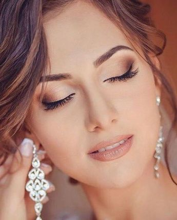 E essa maquiagem super natural gente? Acho perfeita para noivas que vão casar durante o dia ou que preferem um visual mais romântico.#ceub #casaréumbarato