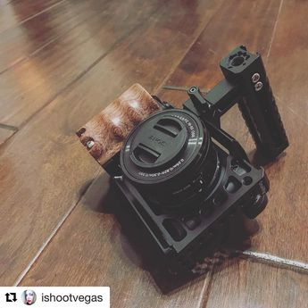 Wooden Handgrip for Sony A6000/A6300/A6500 ILCE-6000/ ILCE-6300/ILCE-6500 1970