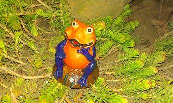 Frog - Cement Statue Figurine - Indoor Outdoor Decoration