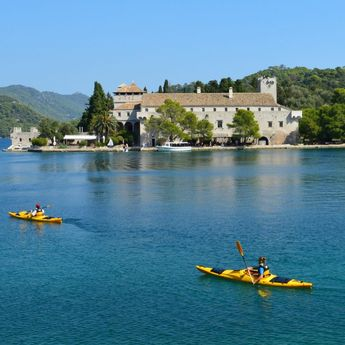 LuxMediterranean Experience :: Boutique & Tailored Sailing Tours