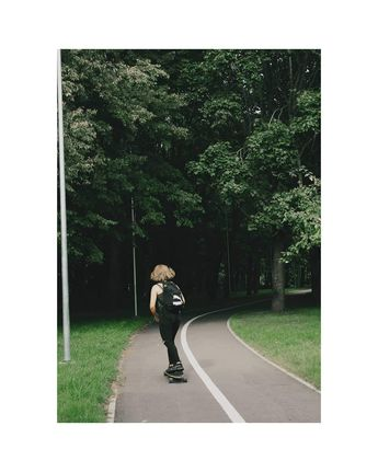 #hair #hairstyle Me running away from my problems likePrigavo mane: g.poshkus #goldenhour #goth #makeup #makeupinspo #style #styleinspo #fashion #fashioninspo #tbt #aesthetic #vintage #grunge #eyeliner #shorthair #black #hair #red #lithuania #girl #emo #longboard #forest #skating #nature