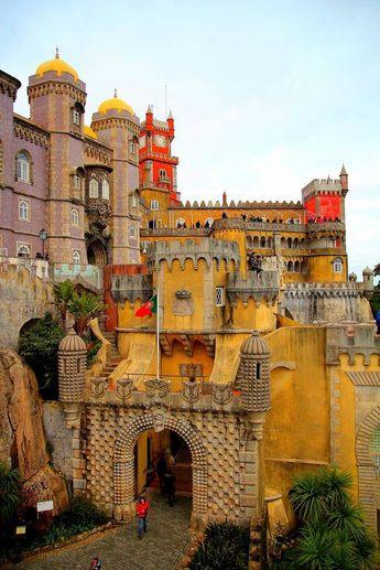 ...Palácio da Pena, Sintra, Portugal°°