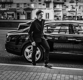 いいね!1,177件、コメント36件 ― Сергей Полунин Танцовщик さん(@sergeipolunin.balletdancer)のInstagramアカウント: 「The visit in our beautiful Russia this May Bentley -- The best or nothing! 」