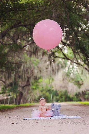 1 year birthday photos, Adelyn Grace <3 tutu, crown, princess, large balloon, canopy road, pearls SAC photography