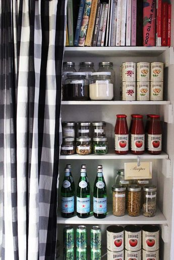 Our Pantry Makeover + Label Printables