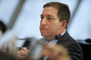Glenn Greenwald afirma que não deixará o Brasil
