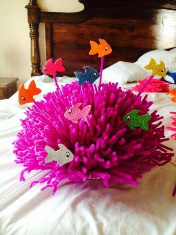 Arrecife de coral, hecho con limpiapipas & peces de colores