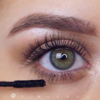 Me encantan los ojos así. Me encantan los ojos así.