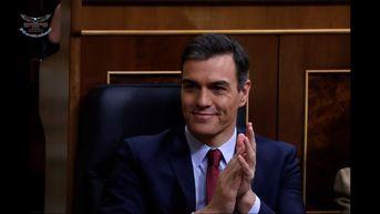 Pedro Sánchez logra ajustada mayoría para ser investido como presidente de España
