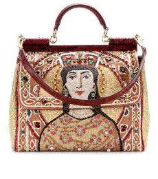 Dolce & Gabbana  imprimé queen // www.leasyluxe.com #queen #dolcegabbana #leasyluxe