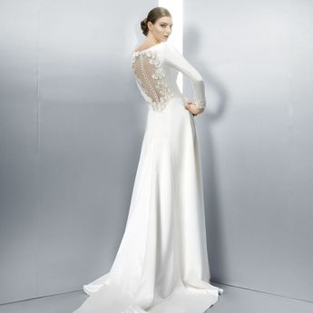 The Most Beautiful Long Sleeved Wedding Dresses from 2013