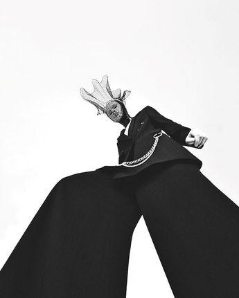 Editorial for Dansk Magazine @danskmagazine Photographer: Henrik Bulow @henrikbulow Hair: Søren Bach @soren_bach Styling: Barbara Gullstein @barbaragullstein Model: Elisabeth @elisabethfaber Makeup: Anne Staunsager @annestaunsager Retouching: Wetouch @wetouch_imagework by retouchingacademy
