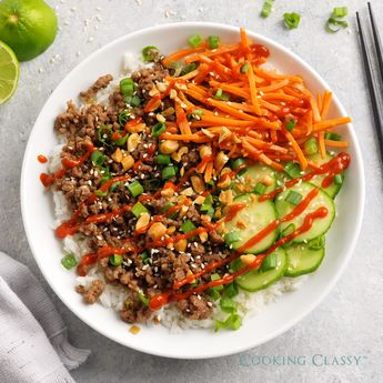 Korean Beef Bowls - a quick and easy, inexpensive and deliciously flavorful recipe! Perfect for busy days and a recipe the whole family will love! #groundbeef #korean #beef #recipe