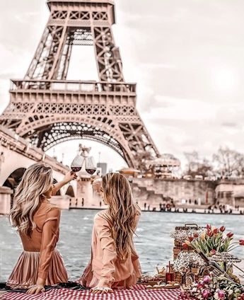 Girls in Paris, France, Eiffel Tower ... #travelwork #worktravel Join us around the world. Work and travel learn more at www.GLtribe.com