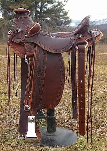 Extra wide western saddles  Vaquero wade style stock saddl