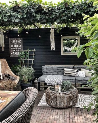 """Andrea-Interior&Lifestyle NL on Instagram: """"Goodmorning! I need eggs and coffee  bye bye! . . #saturday #houseandhome #earthyvintagehome #garden #gardendesign #andreagroot…"""""""