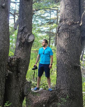 me myself moi instalike lebanese lebanon travels traveler travel... (Arz Tannoûrîne)