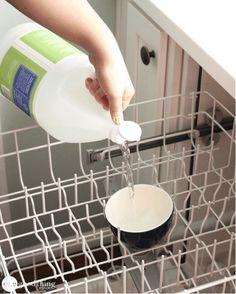 L'entretien du lave-vaisselle en trois étapes simples