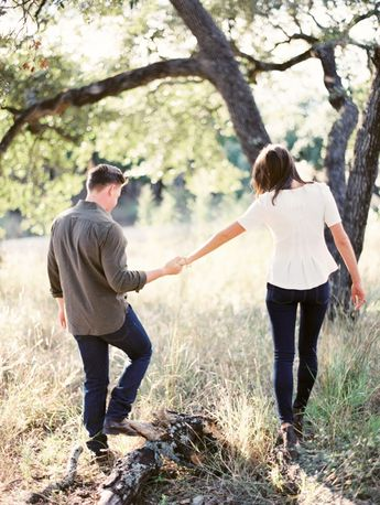 A HILL COUNTRY ENGAGEMENT