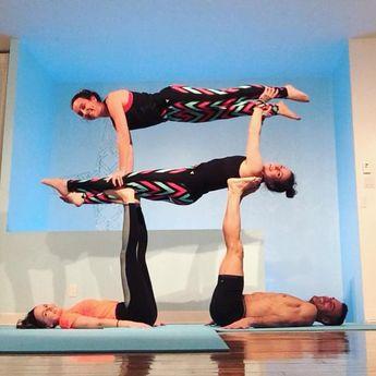 'We rise by lifting others.' Thanks to our amazing bases @blunathan and @justinelaflammest #acroyoga #aylifestyle #partneryoga #yoga #yogalove #yogaeverydamnday #yogamontreal #blunakshatra #kutumbaenergy