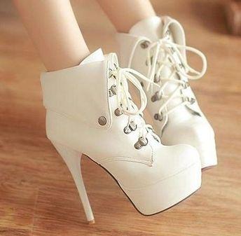 Johanna (Size 2, 3 ) #highheelsshoes