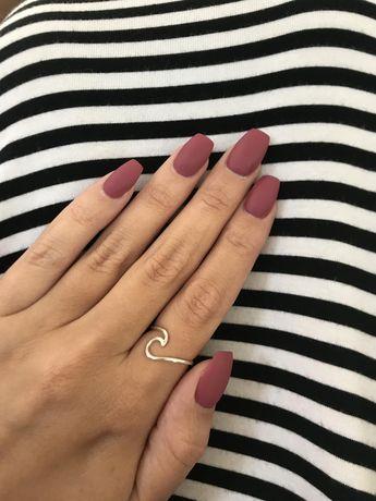 Opi Aurora Berry-alis Coffin Nails #nailpolishfall #acrylicnails