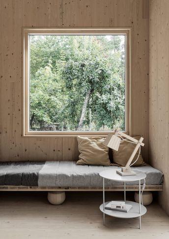 MINIMAL, WOODEN & SWEDISH ... A DREAMY SUMMER HOUSE