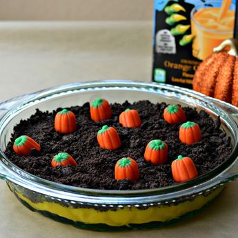 12 Sweet Pumpkins That Are Actually Cakes