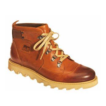 Quand la chaussure de marche affronte le bitume