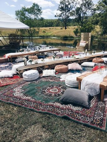 Bohemian wedding banquet style seating by Harper Arrow.     #wedding #weddingstyling #bohemianwedding #picnicwedding