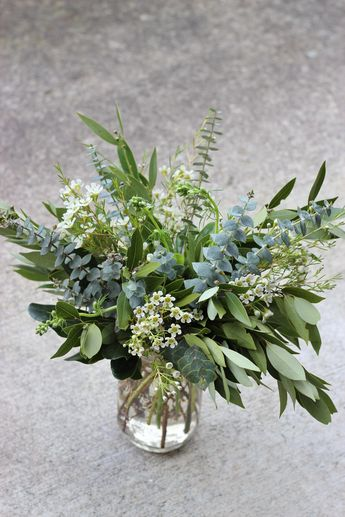 greenery foliage eucalyptus centerpiece budge decor idea