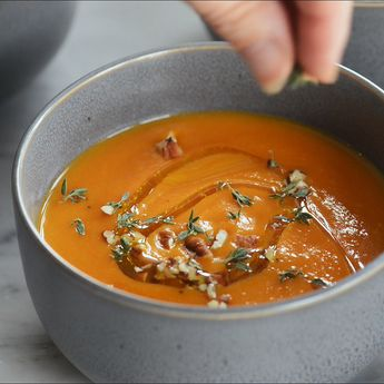 Roasted Carrot Apple Soup